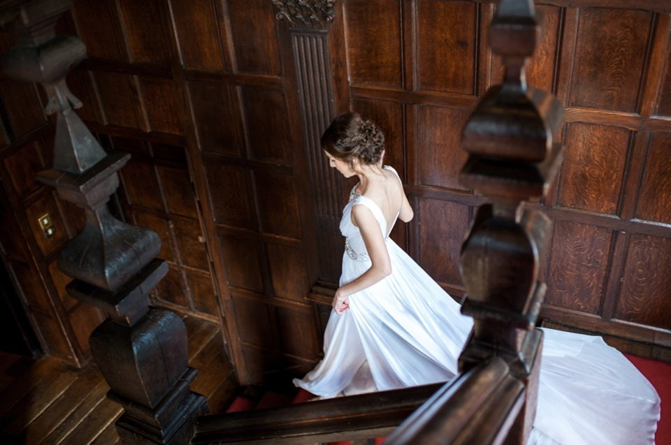 006-Great-Fosters-wedding-photographer-Tori-Deslauriers