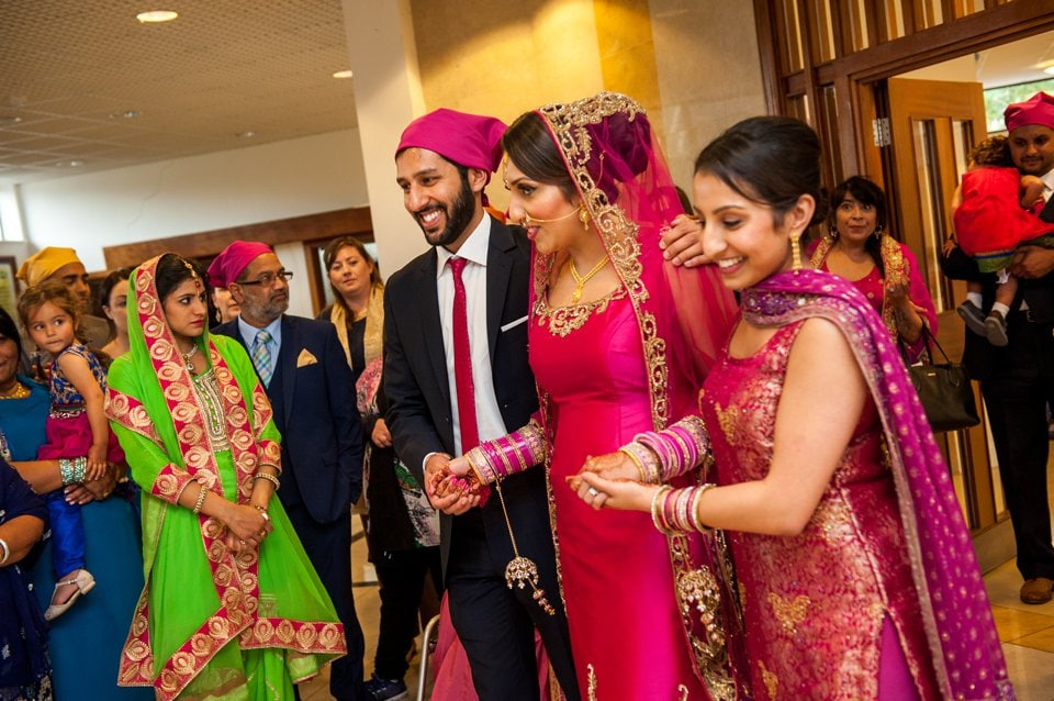 016-Sikh-wedding-photographer-London-Tori-Deslauriers