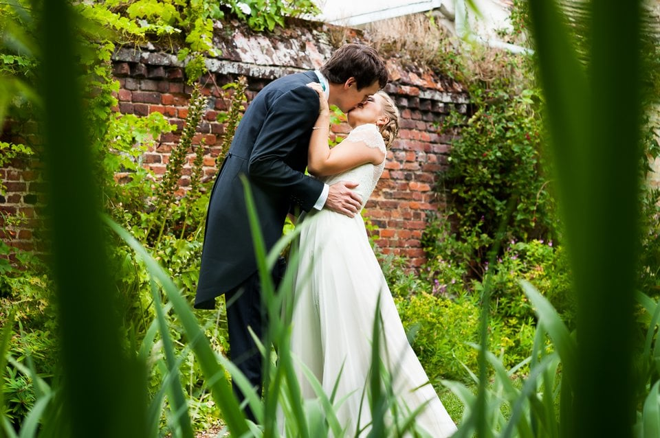 Burwash-Manor-wedding-photographer-Tori-Deslauriers-015