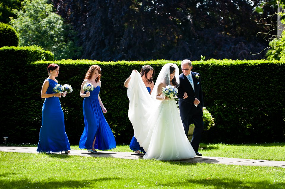 Hengrave-Hall-wedding-photographer-Tori-Deslauriers-0072