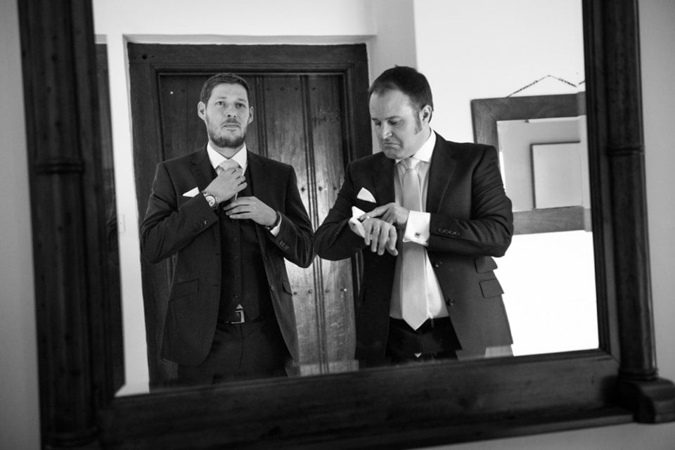 009-groomsmen-wedding-Tori-Deslauriers