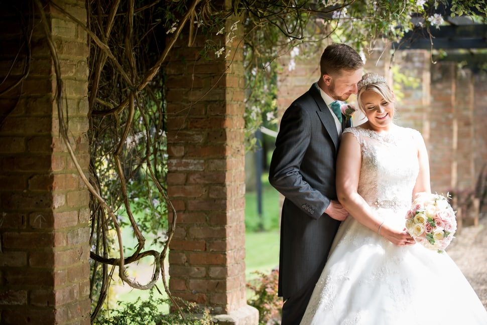 Knebworth-Barns-wedding-photographer-011