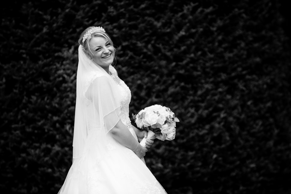 Knebworth-Barns-wedding-photographer-014
