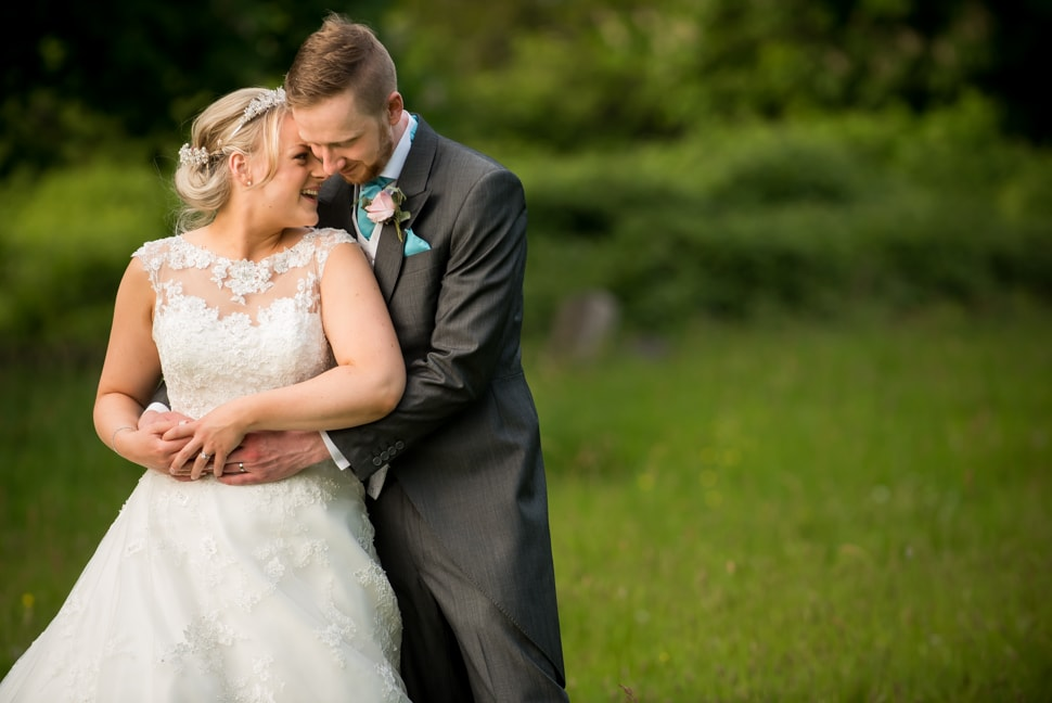 Knebworth-Barns-wedding-photographer-020