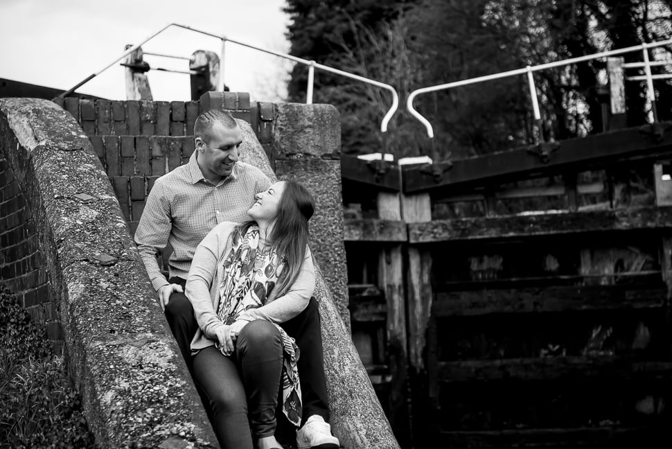 Canal-pre-wedding-shoot-Tori-Deslauriers-1