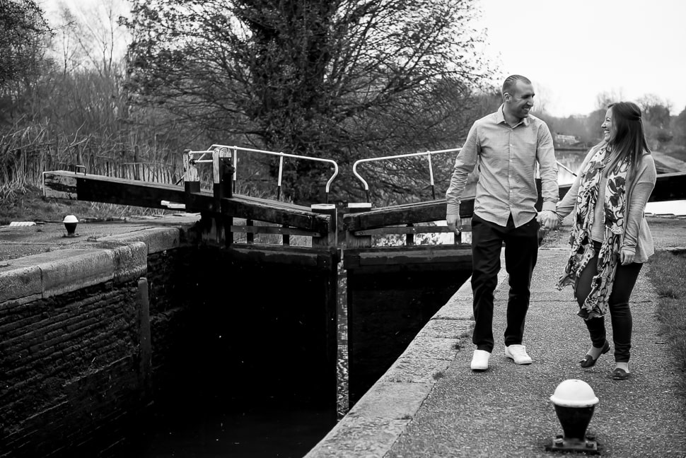 Canal-pre-wedding-shoot-Tori-Deslauriers-4