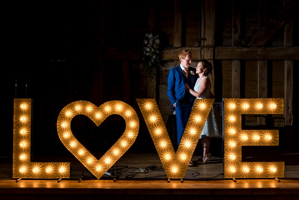 the-priory-barn-wedding-photographer-tori-deslauriers-034
