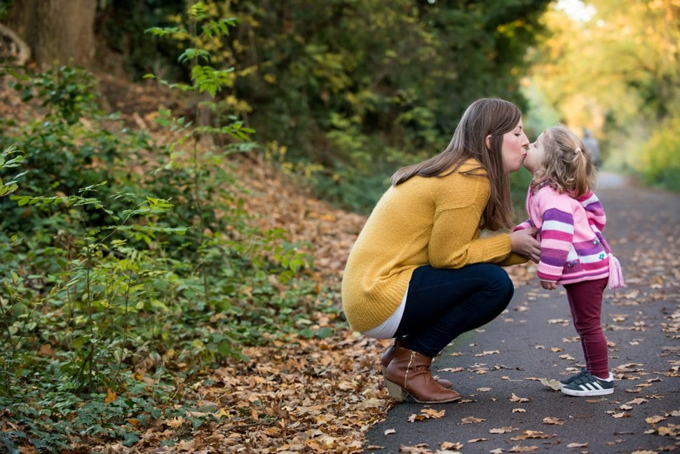 St Albans family photographer: autumn on the Alban way