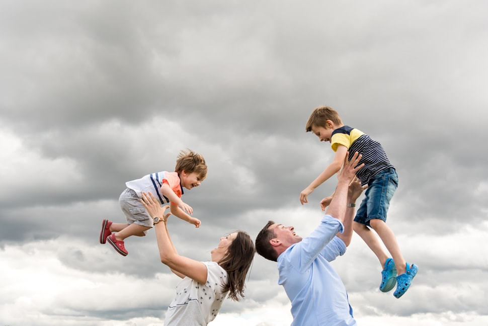 airborne children, Hertfordshire family photographer, st albans family photographer