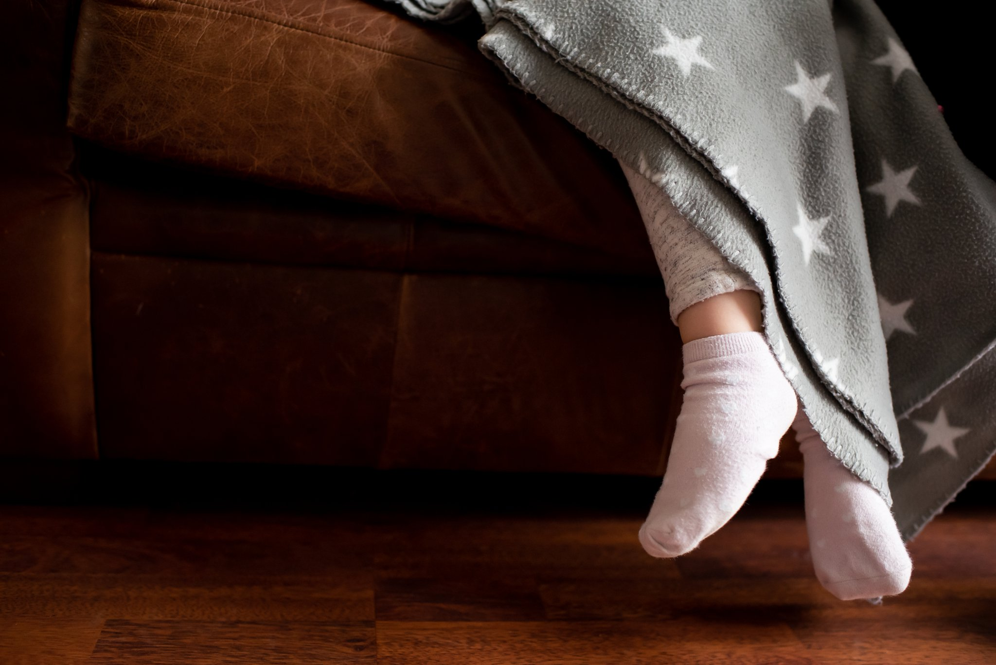 little toes, st albans photoshoot, photos at home, rainy day