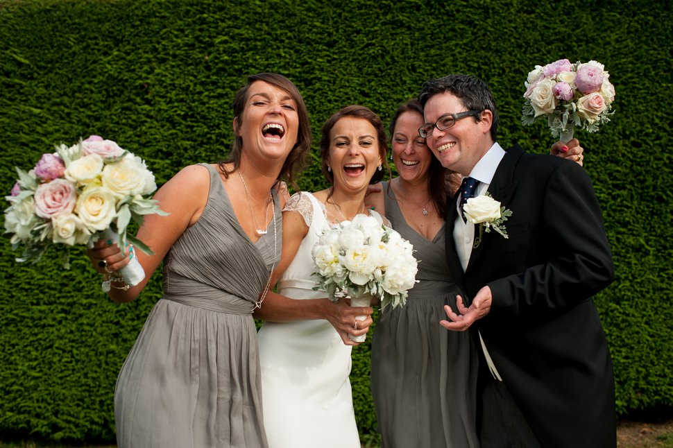 relaxed St Albans group wedding photos